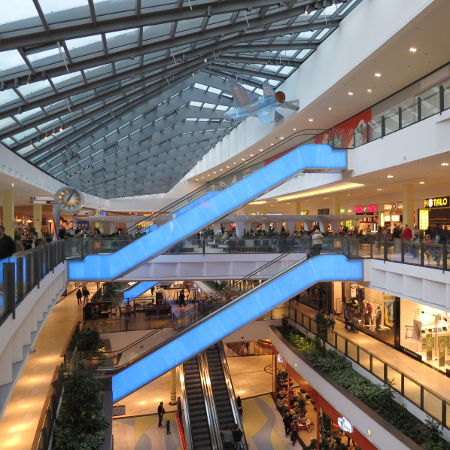 Shopping Center Innenansicht