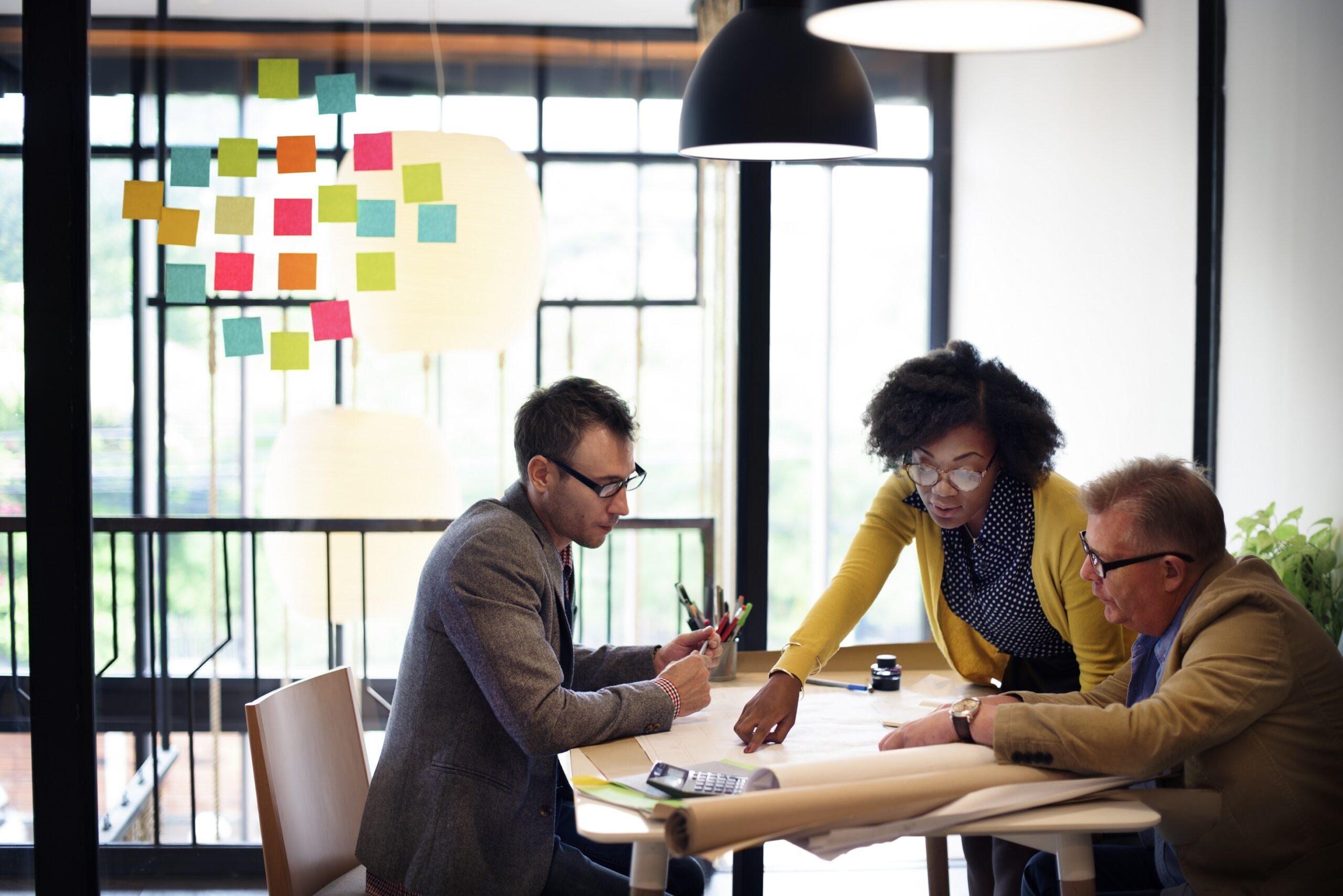 Generationenkonflikt Büro:  Einzelbüro versus Multi-Space