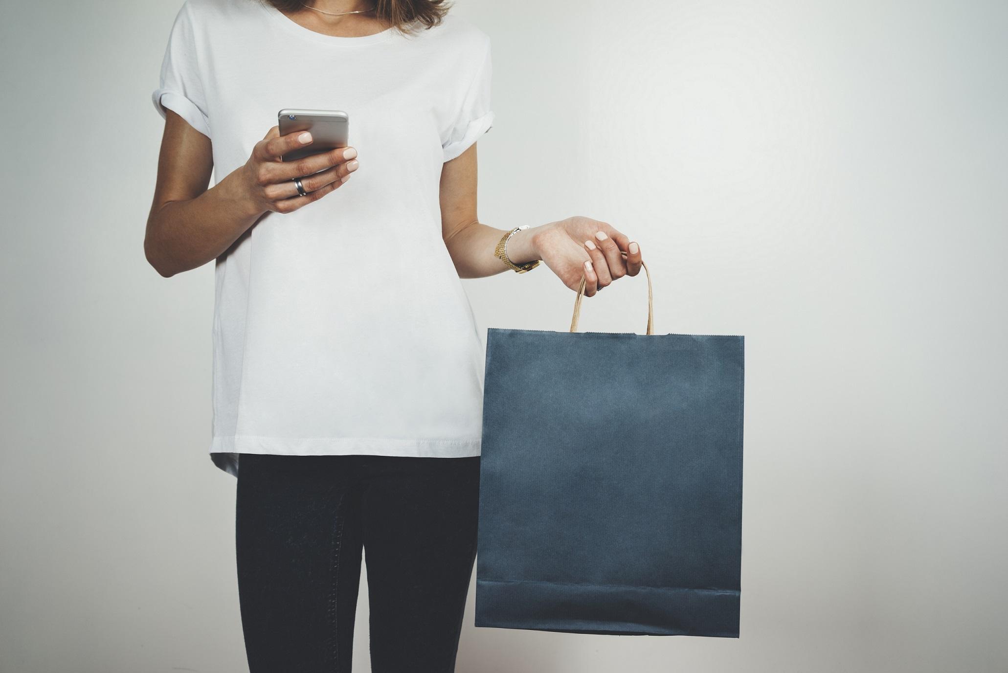 Verschmelzung von Online- und Offlinehandel