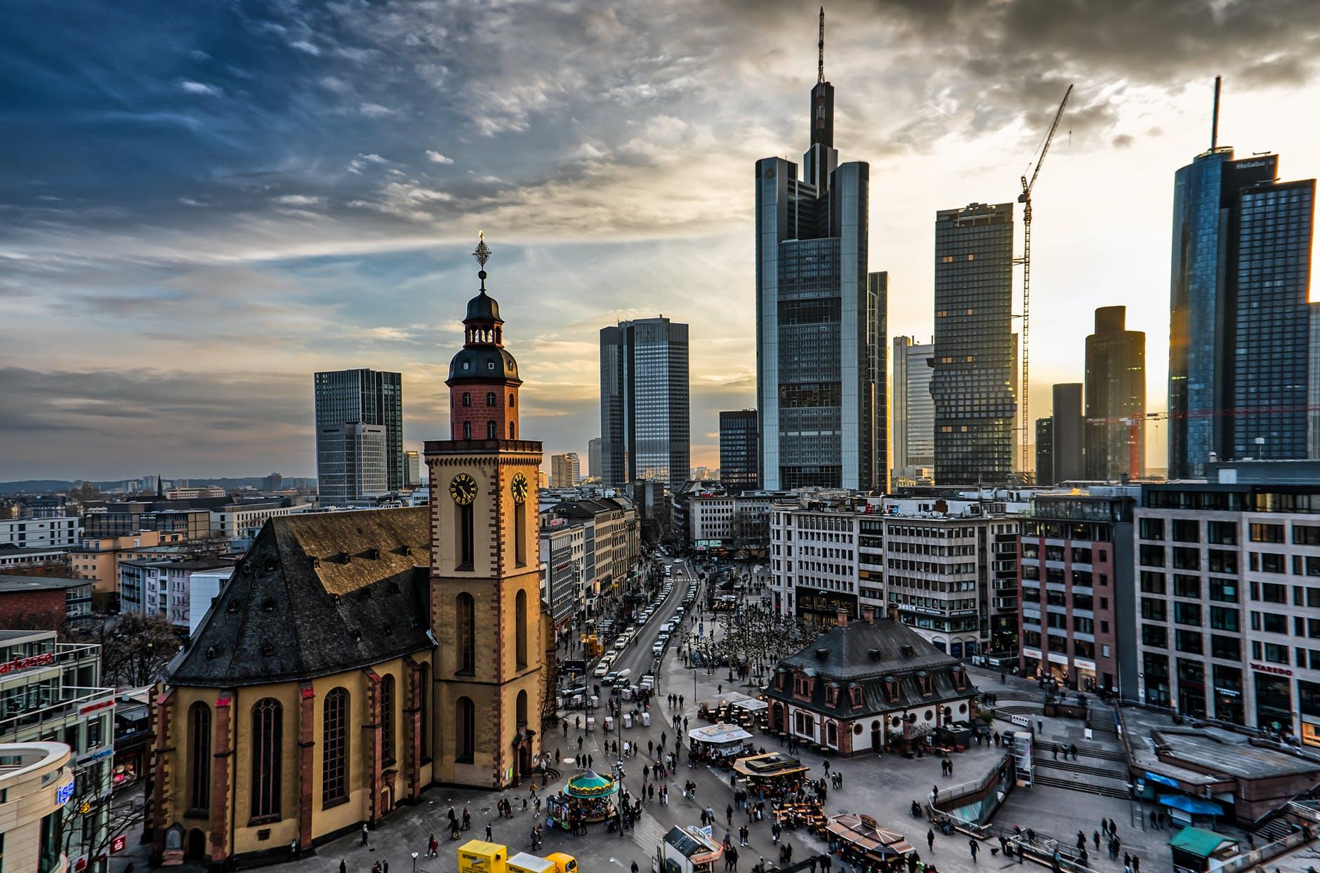 Büros in Frankfurt: Flächenengpass trotz Bauboom?