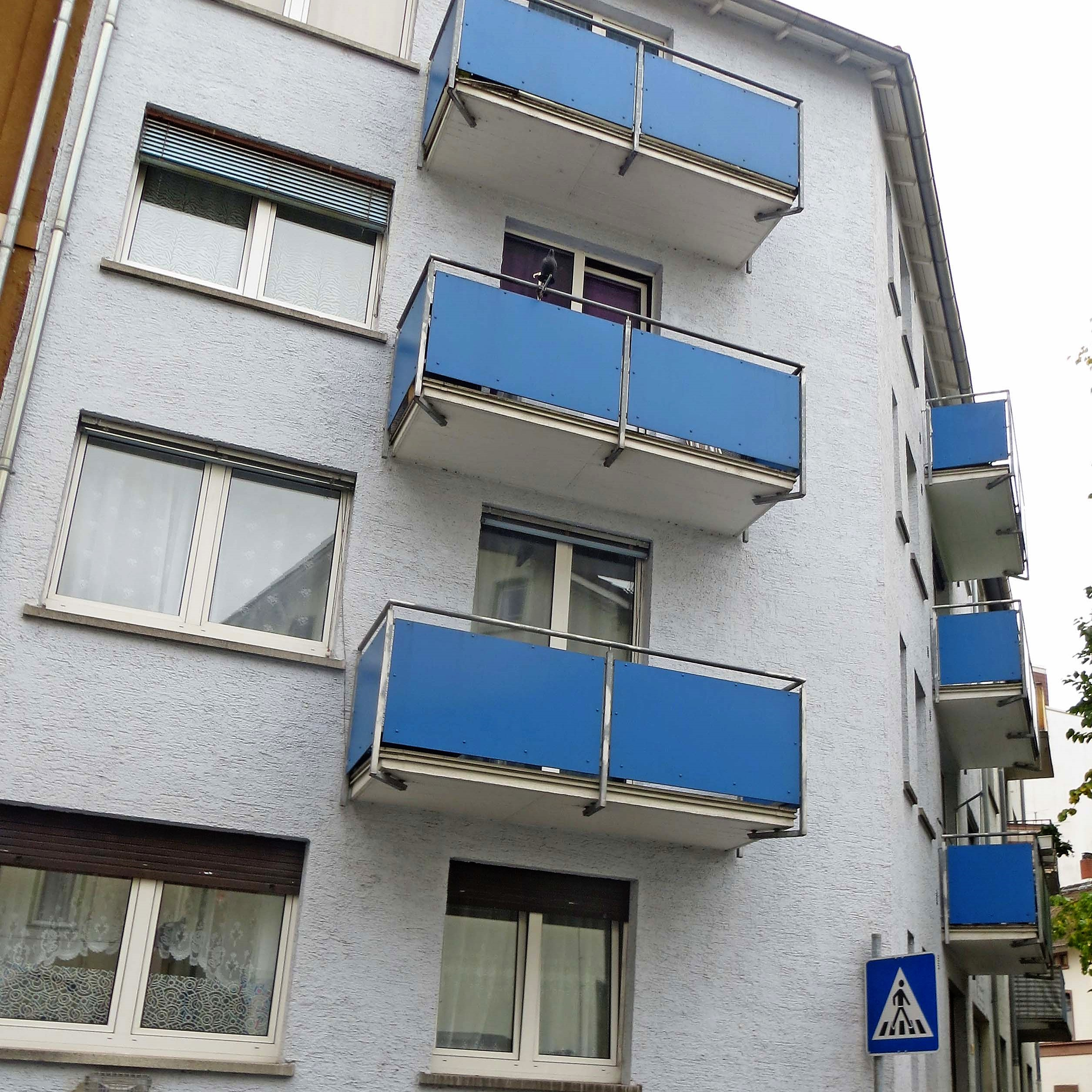 Mehrfamilienhäuser mit Hinterhaus