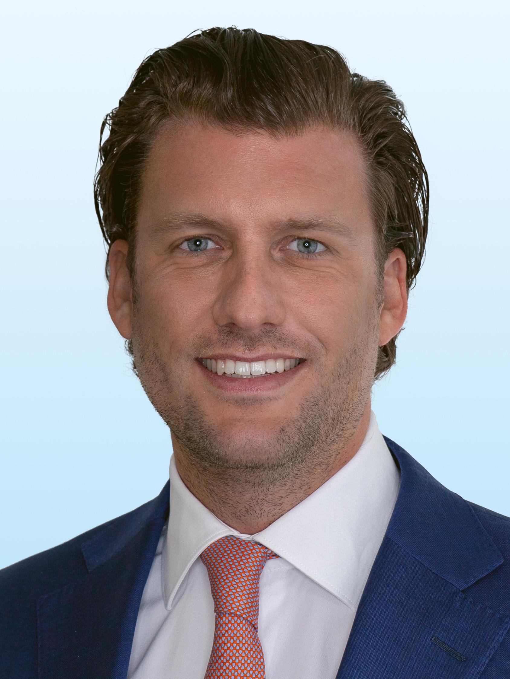 Führungswechsel in Nordrhein-Westfalen – Ignaz Trombello überträgt Verantwortung im Bereich Capital Markets an Christian Sauer