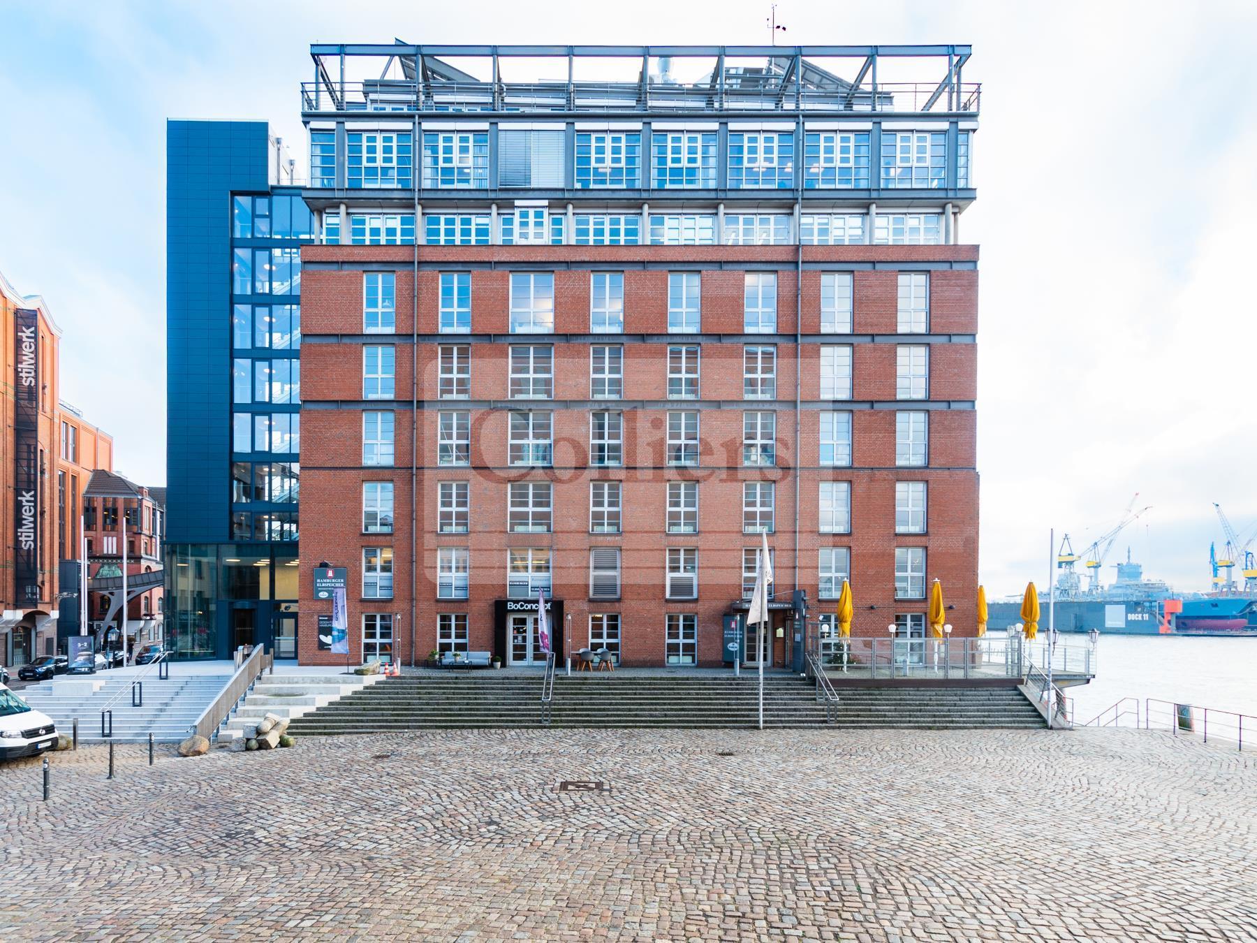 Büro an der Elbe